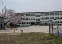 三蔵子小学校約320m(徒歩約4分)