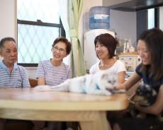狭小地に家族7人がゆったりと暮らせる、収納自慢の家